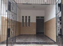Aluga-se uma casa no bairro da Marambaia - entroncamento