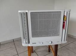 Ar condicionado janela Consul 7500, Consumo A, bem novinho e gelando muito
