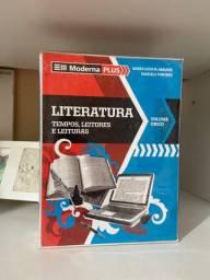Livro de LITERATURA MODERNA PLUS