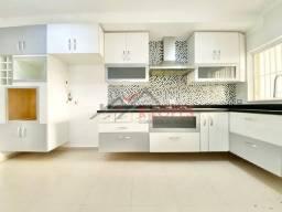 Casa à venda com 3 dormitórios em Guilhermina-esperança, São paulo cod:2190
