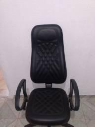 Cadeira de Gamer semi nova Pro Mobile