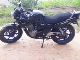 Vendo Moto CB500 2001 Super Extra