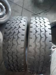 2 pneus  MICHELIN 215/75R22.5