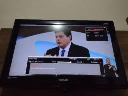 """TV 32""""com Painel"""