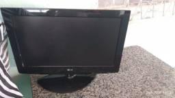 Troco Tv monitor LG 26pol