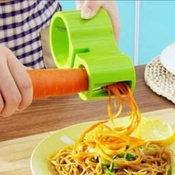 Título do anúncio: Cortador alimentoa aspiral com amolador de facas