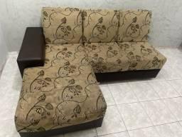 Sofá chaise e de dois lugares
