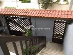 Sobrado 4 Dormitórios. 4 Vagas. Bairro Vila Valparaíso-Santo André. Aceito Caução