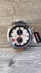 Dia das mães e dia dos namorados está chegando! Relógio importado novo e com garantia!