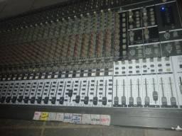 Mesa de som 32 canais profissional