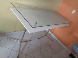 Mesa nova para Loja/Comércio