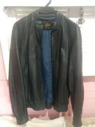 Jaqueta de couro legítima.