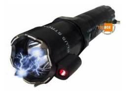 Lanterna com apontador a laser