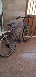 Bicicleta aro 26 Quero por que estou necessitando