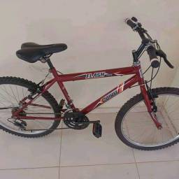 Bike aro 24 com  marcha  tudo ok