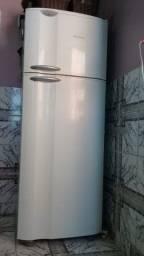 Geladeira / Refrigerador Duplex Electrolux Branca 468L 2 Portas