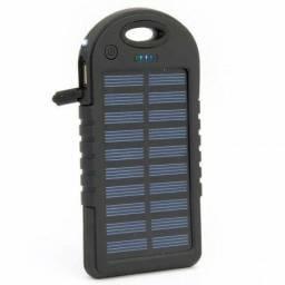 Carregador portátil solar e na energia elétrica