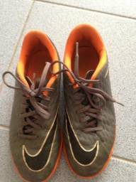 f771a84f91 Chuteira Futsal Nike Original tam. 36
