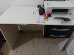 Vendo escrivaninha