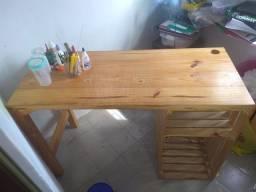 Mesa para computador/escrivaninha