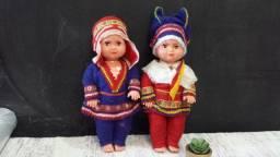 Antigos bonecos da Lapônia