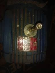 Motor elétrico 2 rotações