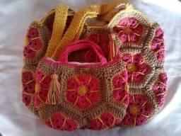 Bolsa de crochê em square