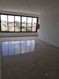 Título do anúncio: Apartamento com 3 dormitórios à venda, 100 m² por R$ 550.000 - Parque Estoril - São José d