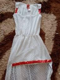 Vestido branco renda c detalhes