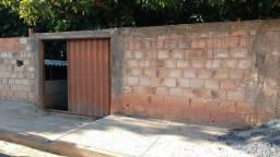 Casa de dois andares em Água Boa