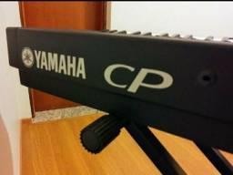 Vendo ou troco Yamaha cp 33