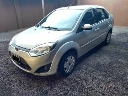 Ford Fiesta 1.0 8v Flex Sedan 2011