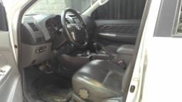 Toyota Hilux 2.7 SR 4x2 CD 16V Flex Automático