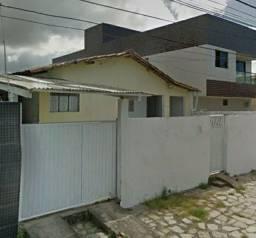 Vendo casa no valentina prox ao bem mais super mercado excelente localização.