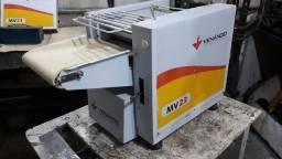 Modeladora de Pães Venâncio 23cm 220V comum