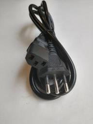 Cabo de energia para PC, console entre outros (tripolar)