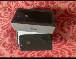 iPhone 8 64 Gigas Completo na Caixa