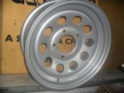 """1 (uma) roda aro 16"""" tala 6"""" furacão 5x139,7mm original da Ford F1000"""