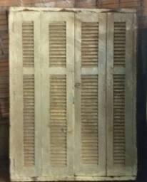 Janela antiga madeira