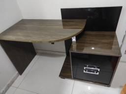 Escrivaninha usada