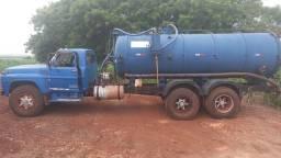 Ford 13000 com tanque fatritol 10000 litros