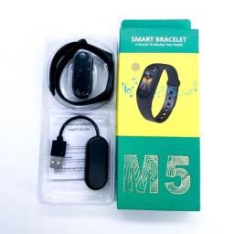 Smartwatch M5 Atende Ligações