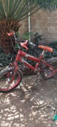 Bicicleta para criança de 4 a 6 anos