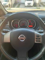 Nissan Tiida Impecável!