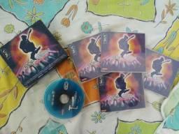 Vendo esse kit com 5 CD's