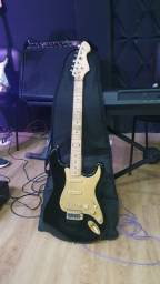 Guitarra com Capa