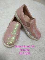 3 pares de calçados 32/33 menina