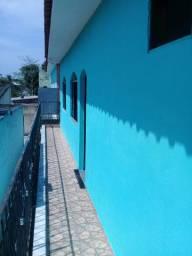 Apartamentos e casa com piscina