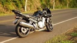 Moto Suzuki Bandit 1250s ano 2011