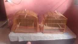 2 Gaiolas , pássaro de grande porte